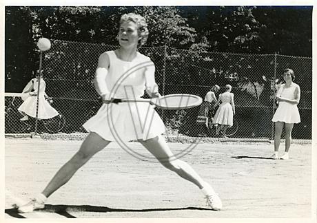 Tennisspielerin im Spiel